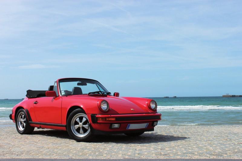 Porsche carrera 3.2 cabriolet rouge américaine