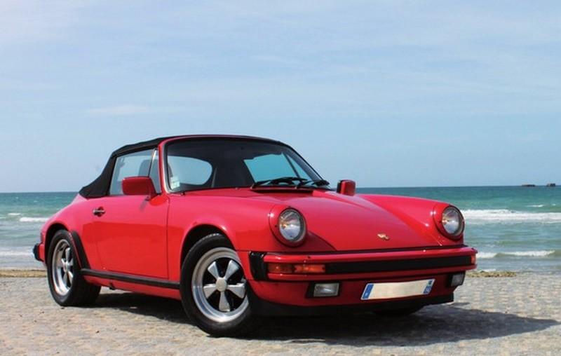 Porsche 911 carrera 3,2l américaine cabriolet rouge avec phares et pares chocs américains