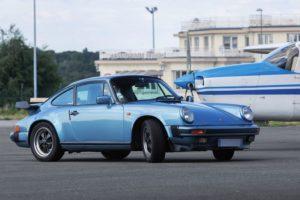 Porsche 911 carrera 3.2l bleu clair métallisée