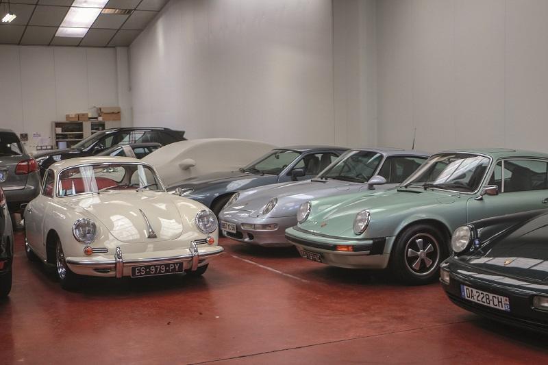 Dans les locaux Porsche Lorient