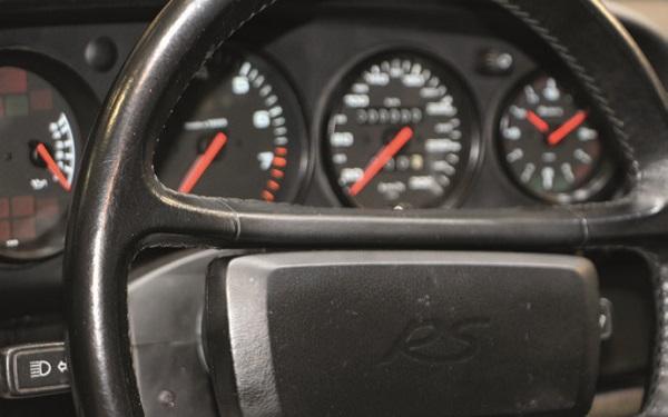 le volant et les compteurs Porsche 0 km